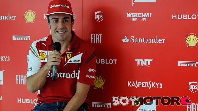 Mattiacci niega que Alonso tenga una cláusula de rendimiento
