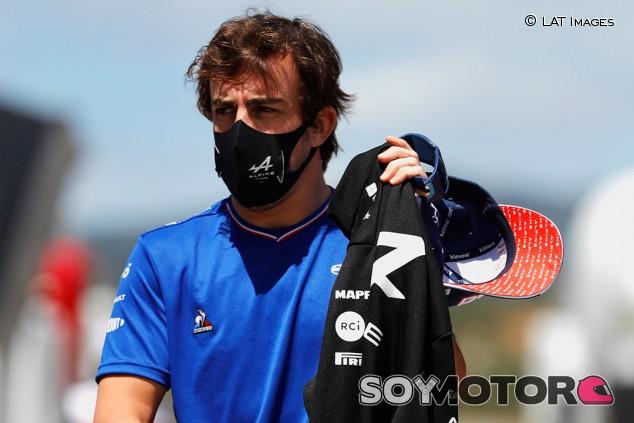 """Alonso apoya probar la clasificación al sprint: """"Dos salidas"""" - SoyMotor.com"""