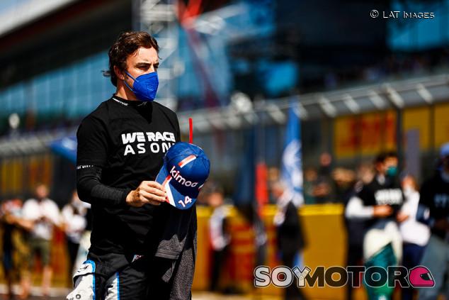 """Alonso: """"Si los árbitros no hacen nada, nosotros también podemos hacer eso"""" - SoyMotor.com"""
