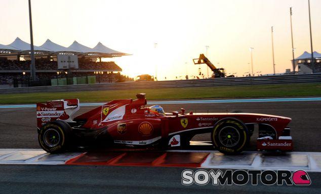 Fernando Alonso en el GP de Abu Dabi F1 2013 - LaF1