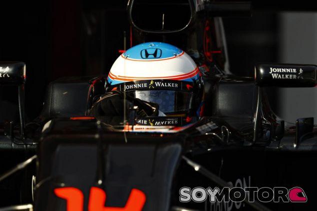 Alonso aspira al podio durante el 2016 - LaF1