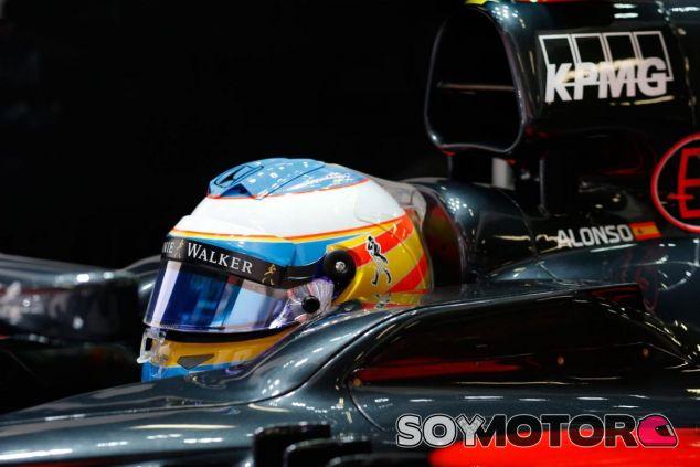 Alonso propone una alternativa a la polémica de los 'tear-off' - LaF1