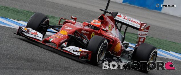 Kimi Räikkönen a los mandos del F14 T - LaF1
