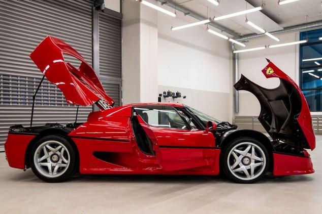 Vettel vende ocho superdeportivos, ¡cinco de ellos, Ferrari! - SoyMotor.com