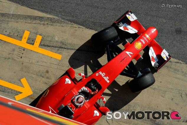 Kimi Räikkönen durante los test de Barcelona - LaF1