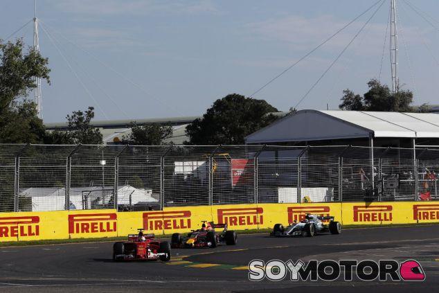 """Ricciardo, sobre sus rivales: """"Han hecho algo mejor que nosotros"""" - SoyMotor"""