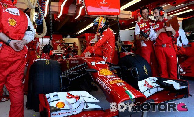 """Flavio Briatore: """"Ferrari está pagando por su ubicación"""""""