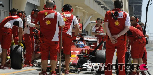 Ferrari termina antes de tiempo las pruebas en Baréin con Alonso - LaF1