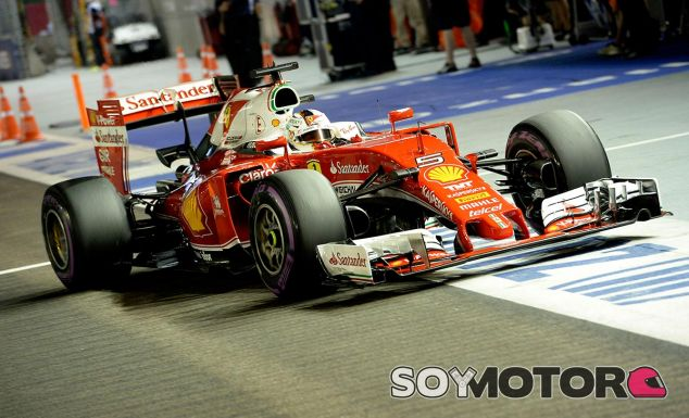 Sebastian Vettel en Singapur - LaF1