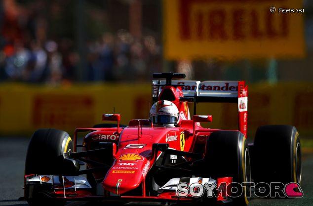 Vettel pisó el podio por primera vez con Ferrari - LaF1.es