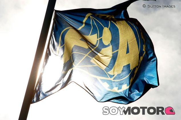 Bandera de la FIA en una imagen de archivo - SoyMotor