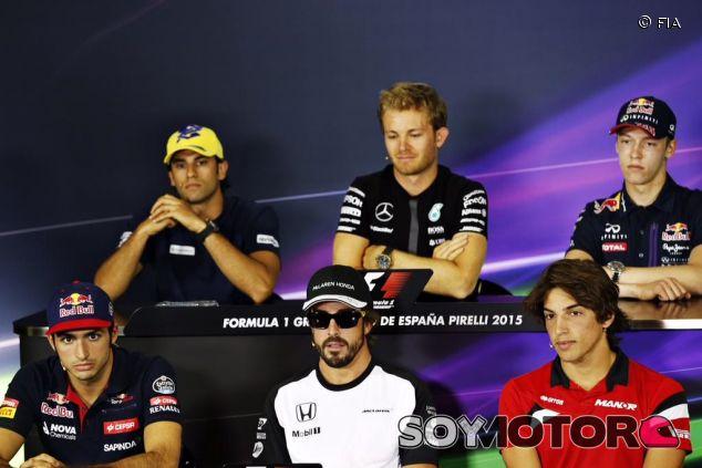 Sainz, Alonso, Merhi, Nasr, Rosberg y Kvyat en la rueda de prensa de la FIA - LaF1