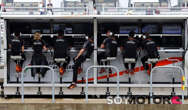 Pit-Wall del equipo Force India - LaF1