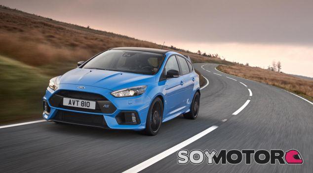 El Ford Focus RS nació en 2015 con tracción integral y 350 caballos de potencia - SoyMotor
