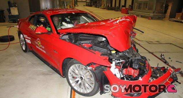 El Ford Mustang obtiene dos estrellas en el test EuroNCAP - SoyMotor.com