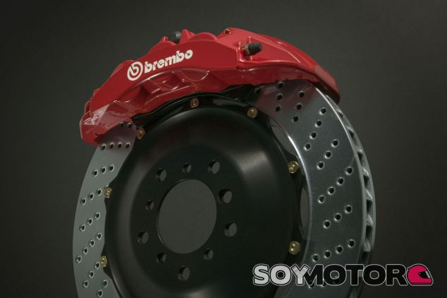 Brembo venderá unos frenos eléctricos derivados de la Fórmula 1 - SoyMotor.com