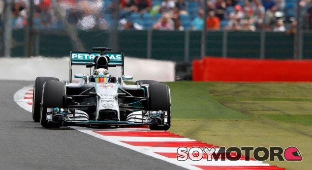 La FIA permite a lo equipos protestar por la prohibición del FRIC