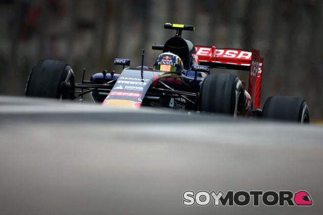 La bandera roja de Alonso fastidió la vuelta buena de Sainz y solo pudo ser 15º - LaF1