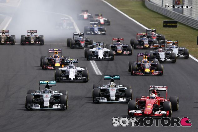 Los Mercedes, penalizados por las salidas - LaF1.es