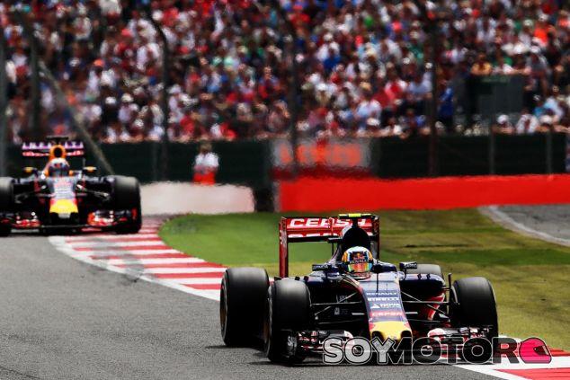 Carlos Sainz en Silverstone - LaF1.es
