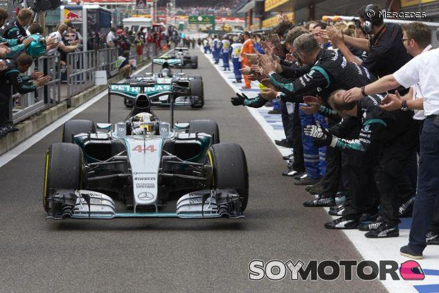 Mercedes se ha paseado otro año más y será complicado evitar que lo repitan en 2016 - LaF1