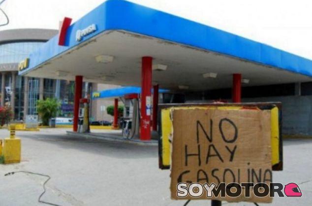 Racionamiento y escasez en las gasolineras de Venezuela - SoyMotor.com