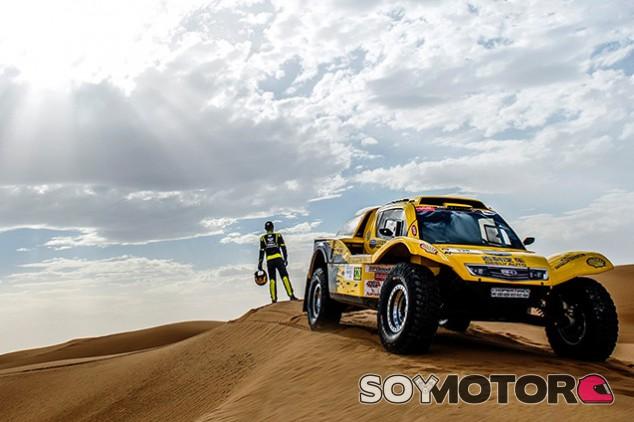 Han Wei con el buggy a metanol - SoyMotor.com