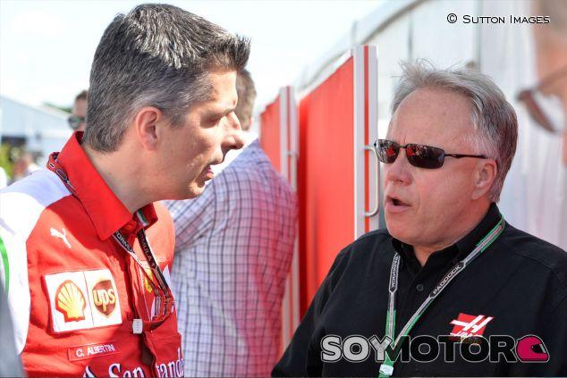 Gene Haas en el paddock de Jerez - LaF1