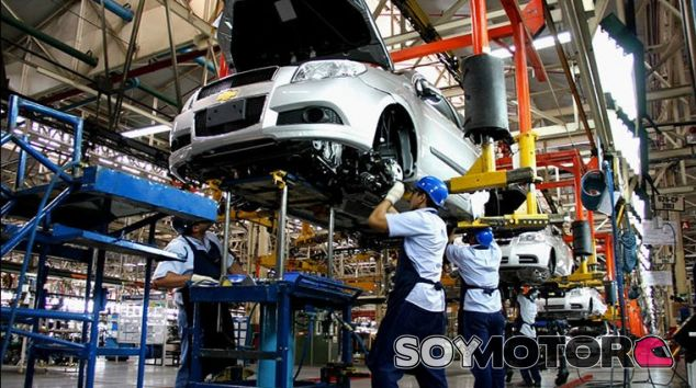 General Motors despide a sus 2.678 empleados en Venezuela por SMS - SoyMotor.com