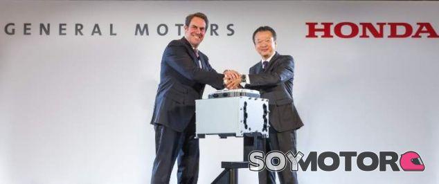 Acuerdo entre Honda y General Motors para potenciar el vehículo de hidrógeno - SoyMotor.com