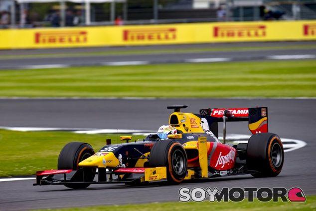 Giovinazzi en Silverstone - SoyMotor