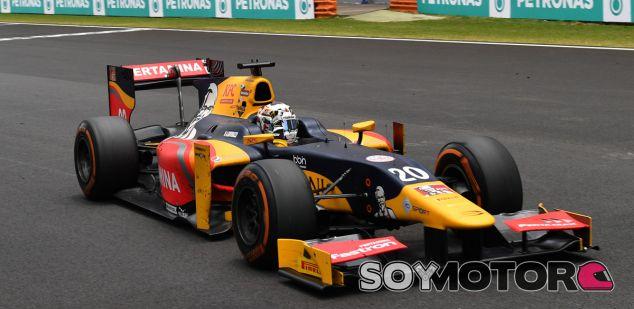 Giovinazzi no descarta competir en algún entrenamiento libre en 2017 - SoyMotor.com