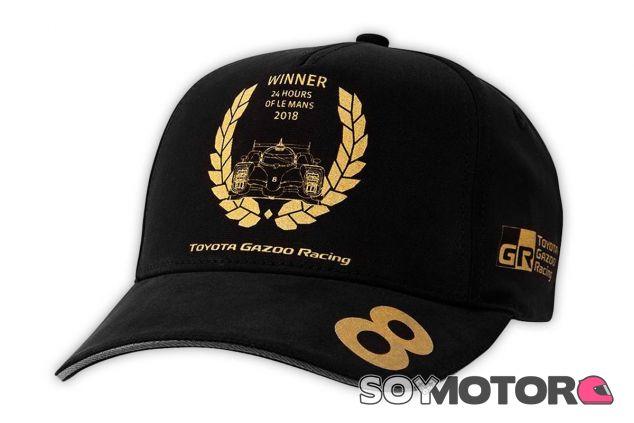 Gorra conmemorativa de Toyota - SoyMotor