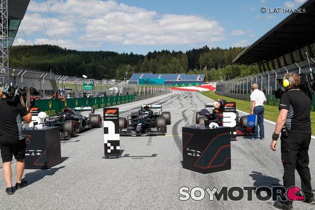 El podio tendrá lugar en la recta de meta - SoyMotor.com