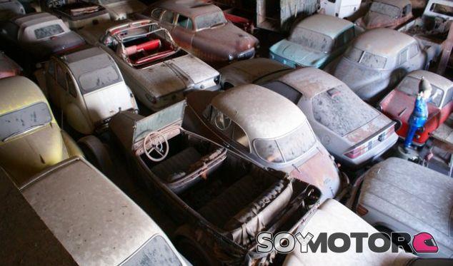 Una colección de 700 coches en un granero: ¡lo nunca visto a subasta! - SoyMotor.com