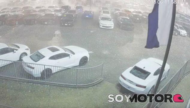 Una fuerte granizada destroza más de 400 coches en Alabama, Estados Unidos - SoyMotor.com