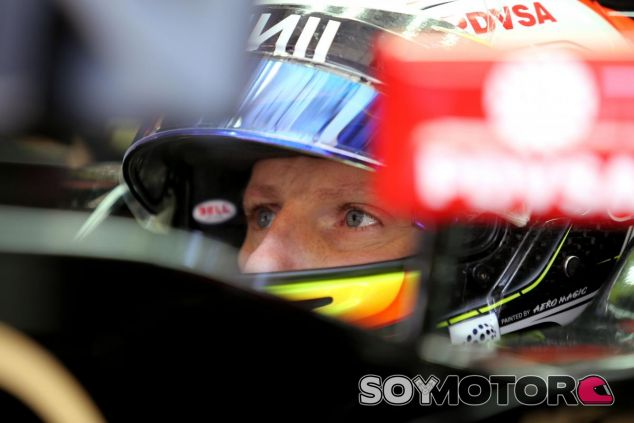 Romain Grosjean en el Lotus - LaF1