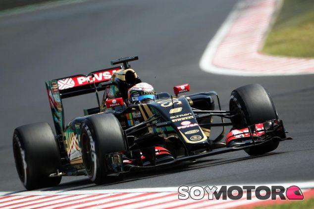 Romain Grosjean con el E23 en Hungría - LaF1