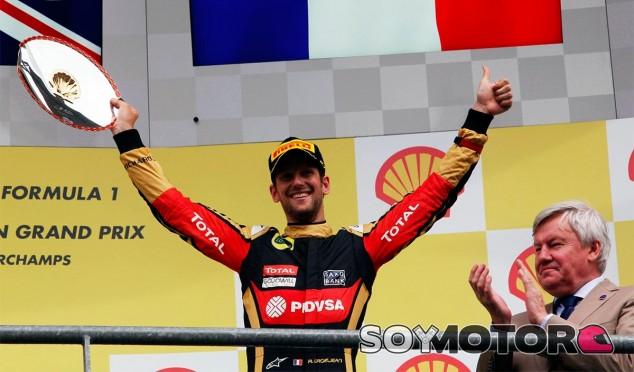 Grosjean en el podio de Bélgica - laF1