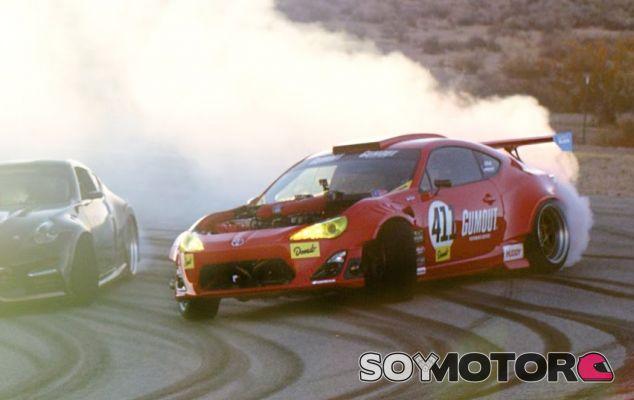 Primer día de drift con el Toyota GT4586 -SoyMotor