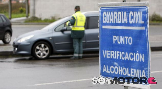 Control Guardia Civil - SoyMotor.com
