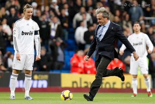 Carlos Sainz, nombrado socio de honor del Real Madrid - SoyMotor.com