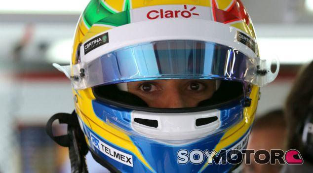Esteban Gutiérrez, pensalizado por la confusión de la bandera a cuadros en China - LaF1