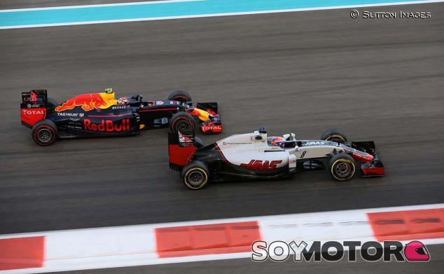 Romain Grosjean en Abu Dabi 2016 - SoyMotor