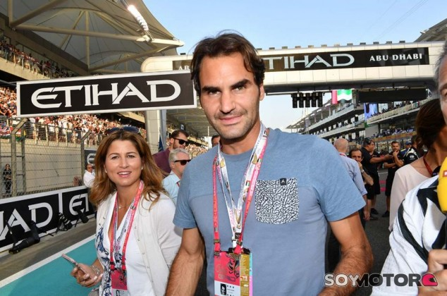 Roger Federer en Yas Marina - SoyMotor