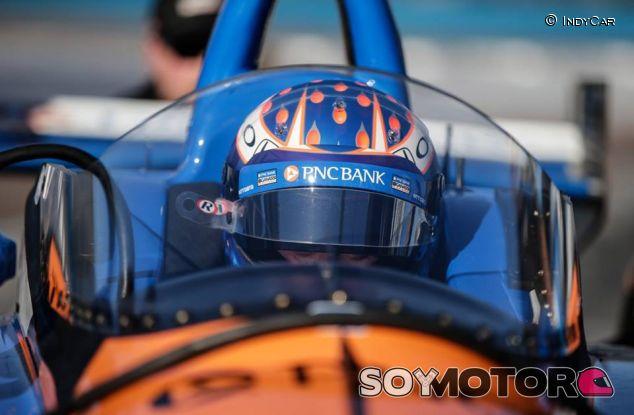 Test del 'windscreen' en la IndyCar - SoyMotor
