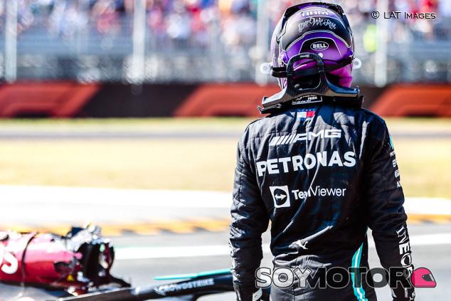 """Marko se ríe del circo de Mercedes: """"Hamilton podía pilotar y montaron un espectáculo"""" - SoyMotor.com"""