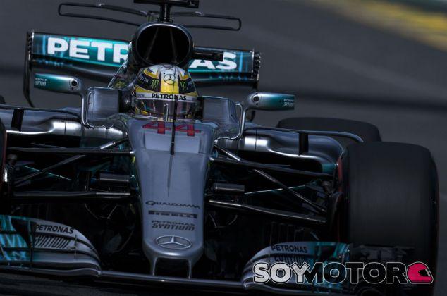 """Hamilton, pole: """"Como podéis ver, vamos a tener carreras apretadas"""" - SoyMotor"""