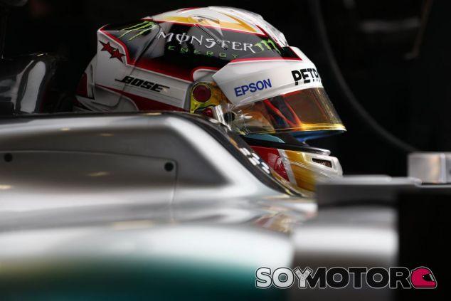 Lewis Hamilton en el W06 - LaF1