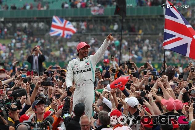 Lewis Hamilton en el GP de Gran Bretaña F1 2019 - SoyMotor.com